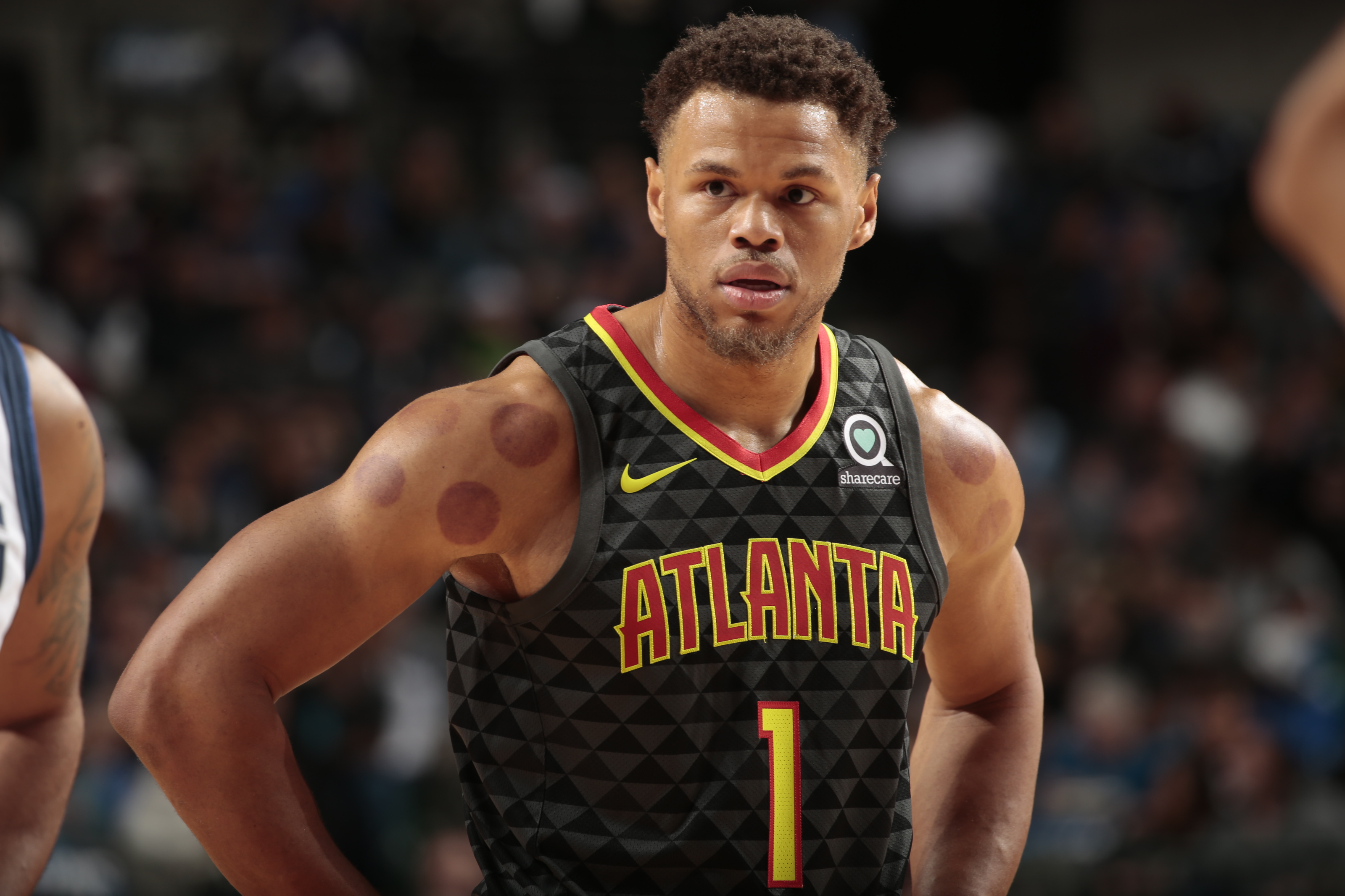 Anderson playing for Atlanta Hawks / Wiz of Awes