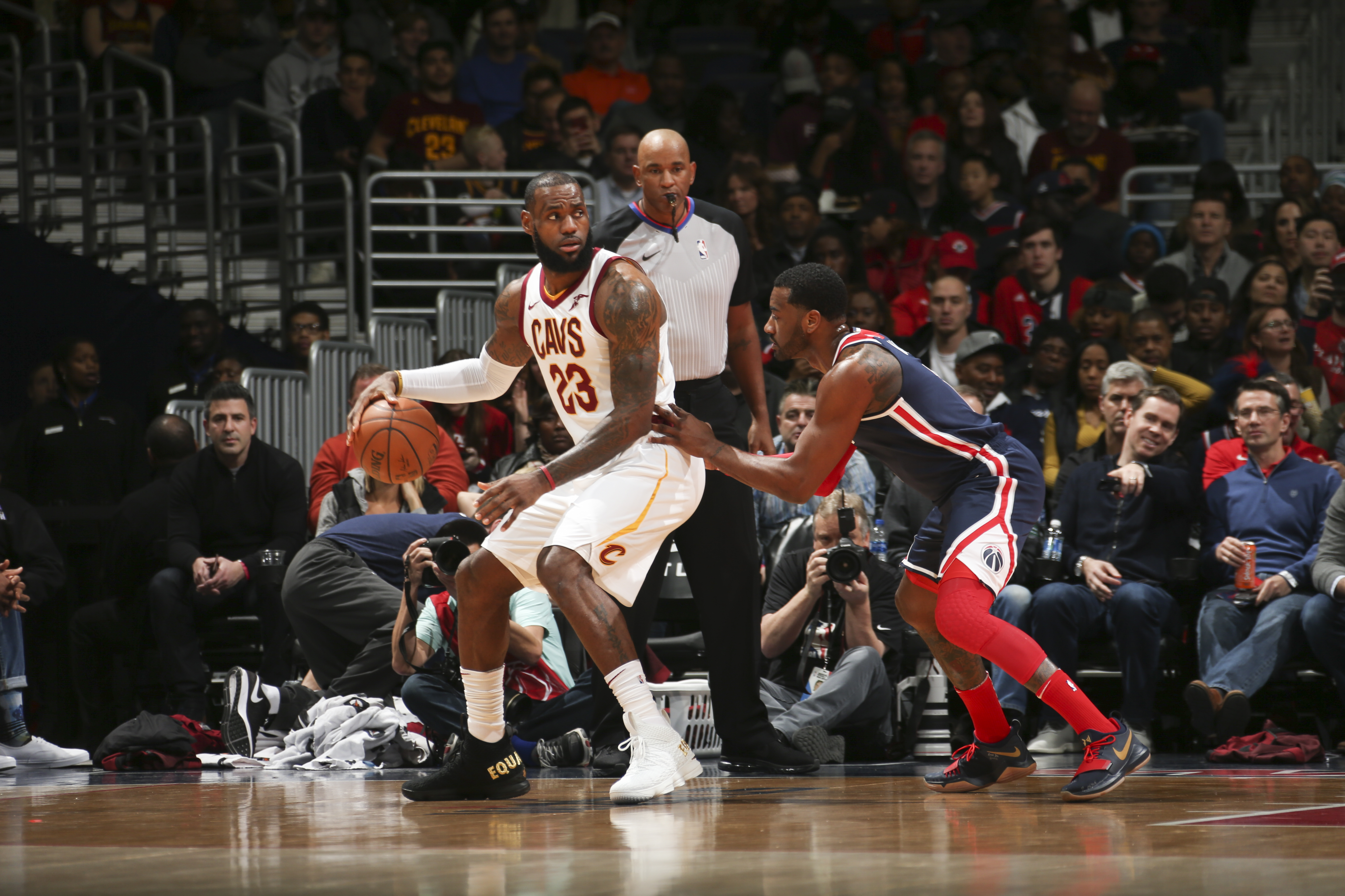 https://wizofawes.com/wp-content/uploads/getty-images/2017/12/894388868-cleveland-cavaliers-v-washington-wizards.jpg.jpg